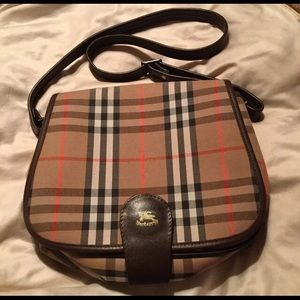 "🎉$ FIRM🎉 Vintage Burberry Bag/ ""Burberrys"""